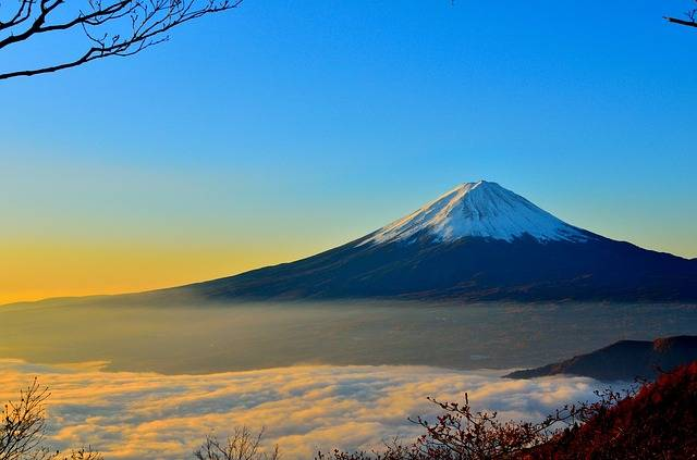 Mt Fuji Volcano Foggy - Free photo on Pixabay (1861)