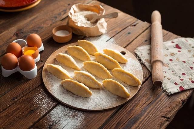 Cooking Pies Vareniki - Free photo on Pixabay (1984)